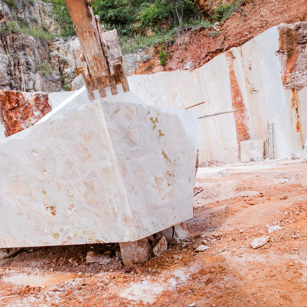 EURO MAS SRL - Marble block from our Breccia Oniciata marble quarry