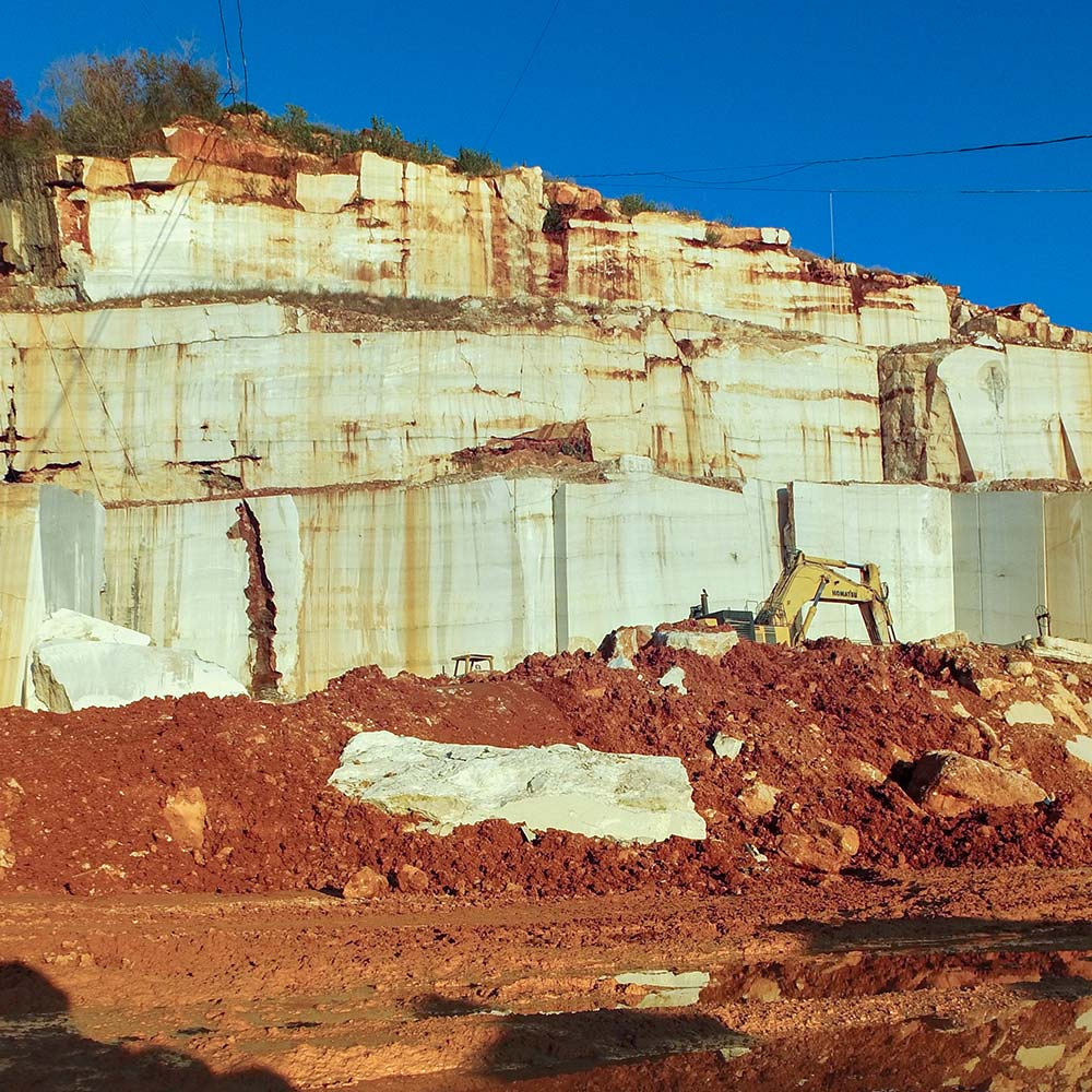 EURO MAS SRL - Our Italian Breccia Oniciata marble quarry